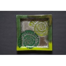 Kwadratowy talerz Amonit Zielony - 35 x 35 cm