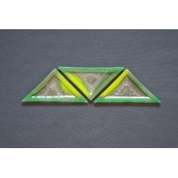 Trójkątny szklany talerz - Smugi Zielone - 23x16x16 cm