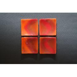 Wygięty talerz Smugi Czerwone - 13x13 cm