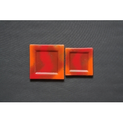 Płaski talerzyk Smugi Czerwone - 17x17 cm