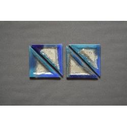 Szklany trójkątny talerz deserowy 23x16x16 cm